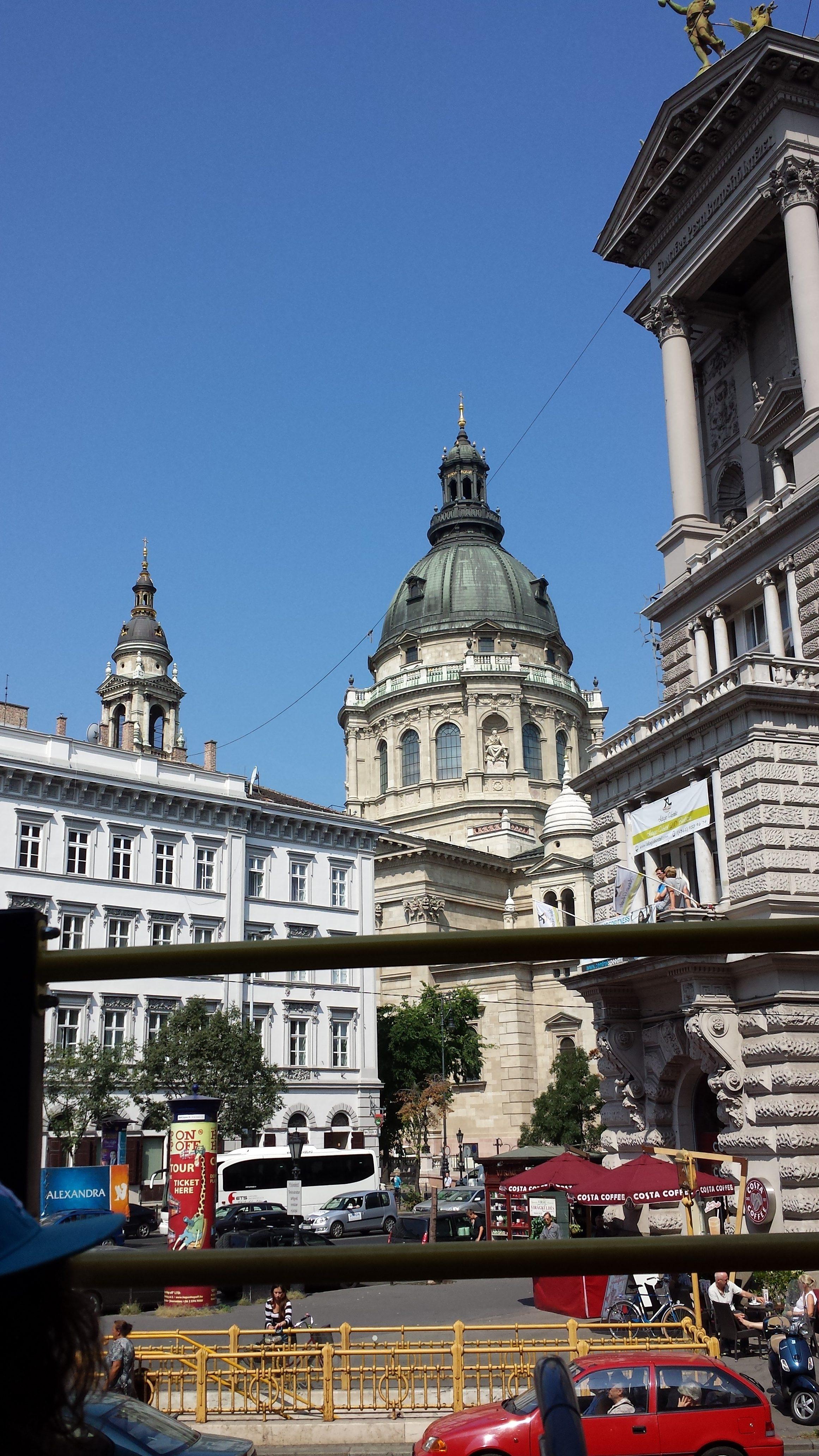Tips & Ervaringen goedkope stedentrip Boedapest Hongarije in Oost-Europa. Van uitjes, bezienswaardigheden en tips eten.
