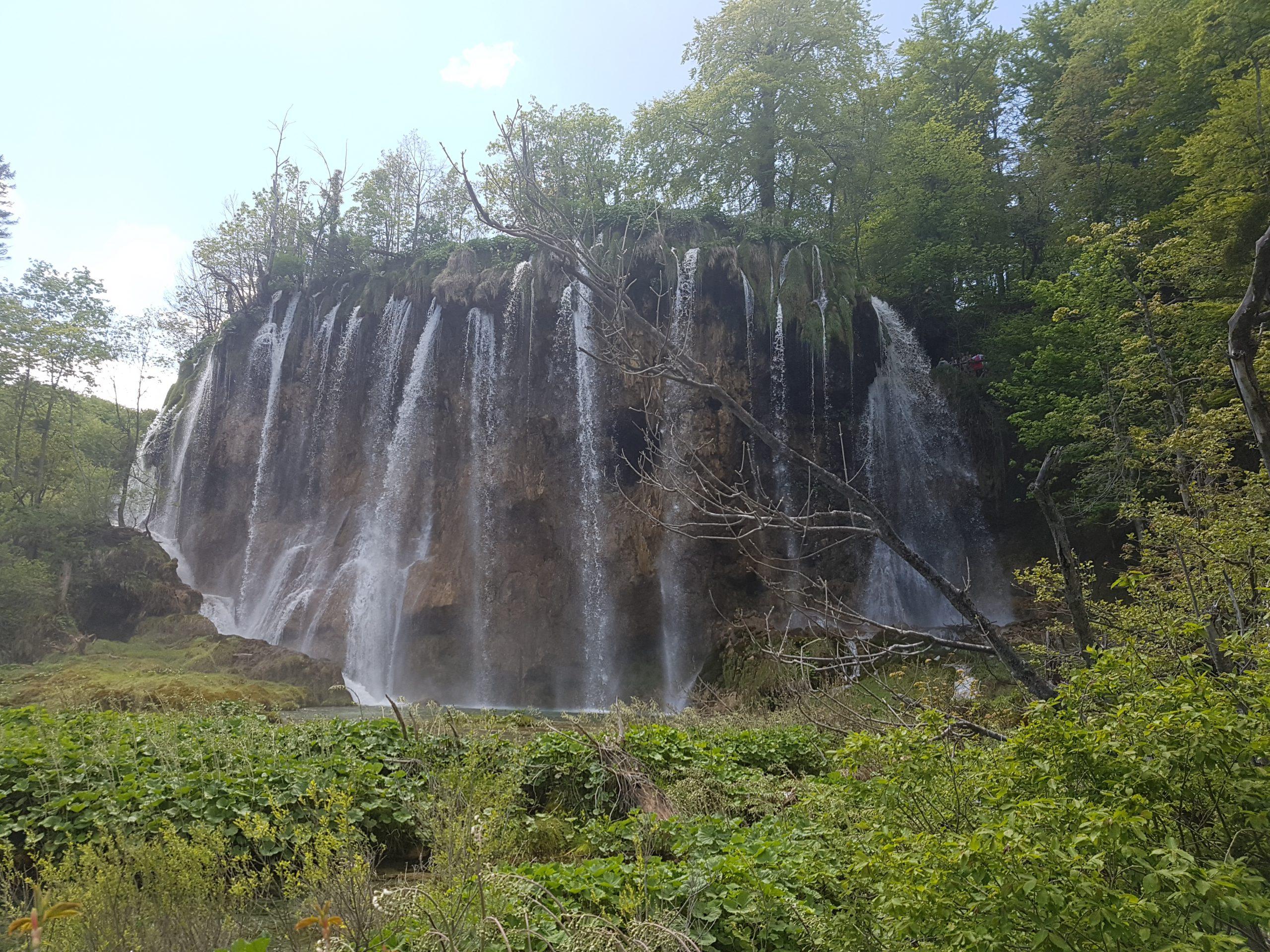 Prachtige waterfallen bij Plitvicka Jezera