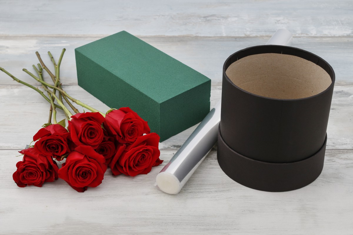 Flower box voor rozen in een doos zelf maken