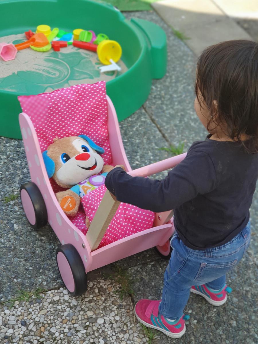 houten poppenwagen eerste verjaardag
