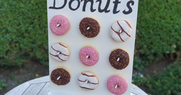 DIY: Maak je eigen donutwall voor je feestje
