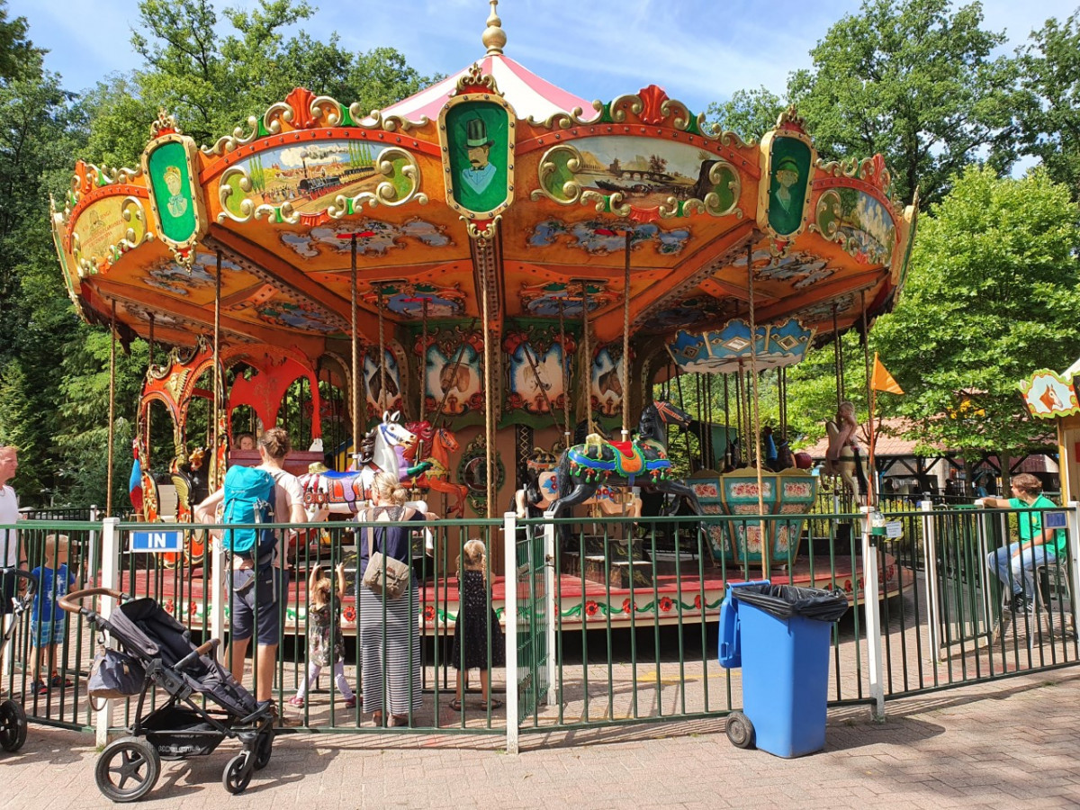 Attractiepark Drouwenerzand: onbeperkt frietjes en ijsjes eten!