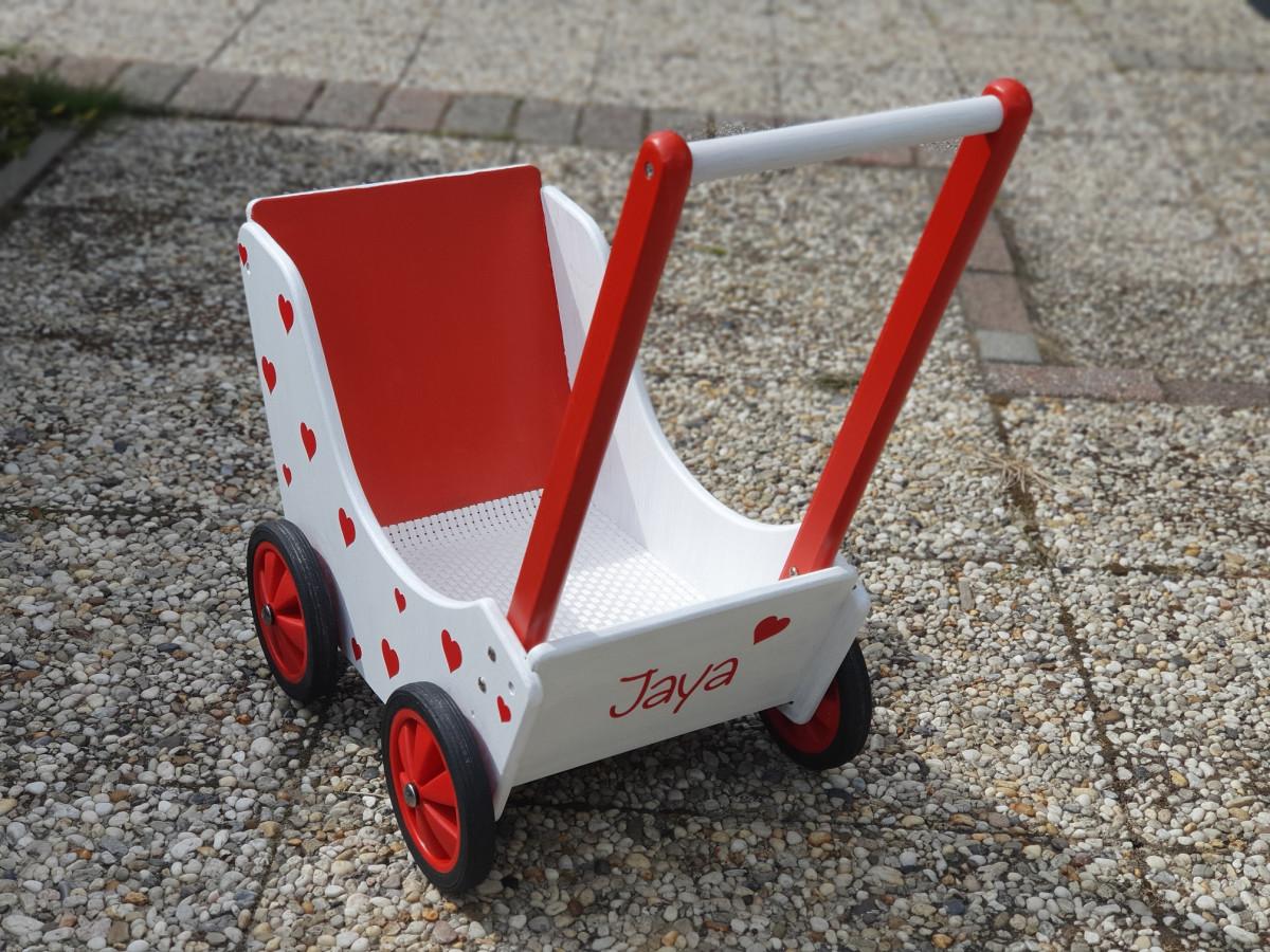 Gepersonaliseerde poppenwagen maken