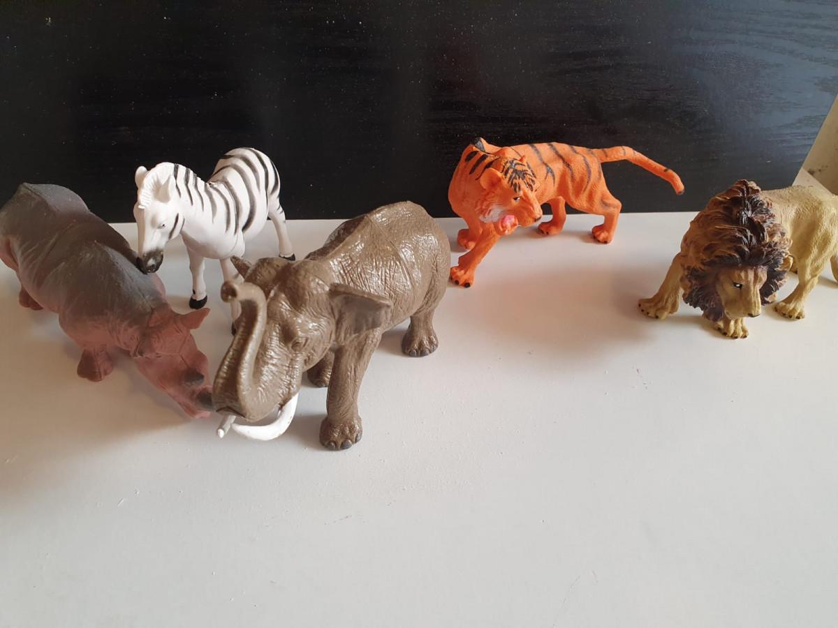 kunstof dieren