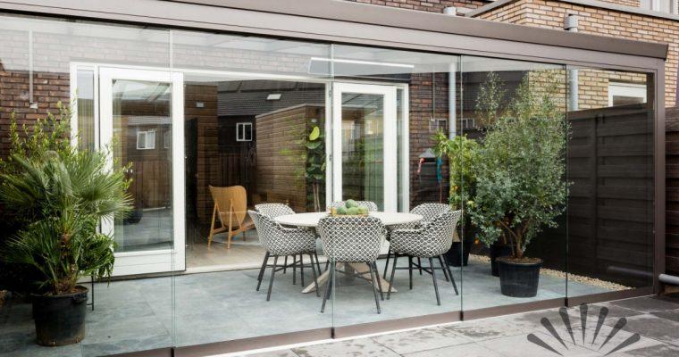 Een terrasoverkapping maken in de tuin