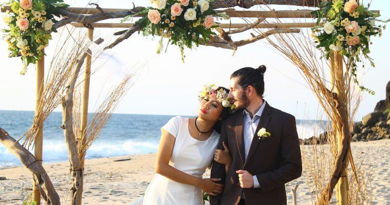 Een bruiloft aan zee, als je wilt trouwen op het strand