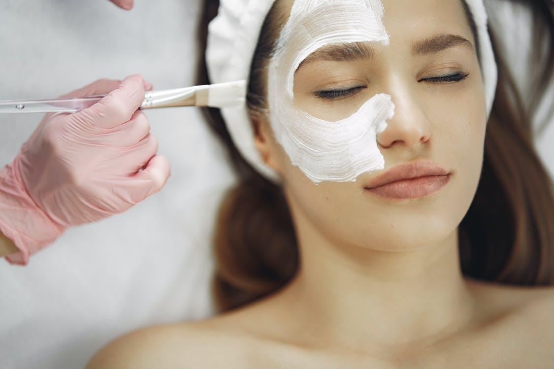 DIY gezichtsmasker maken, handig en goedkoop